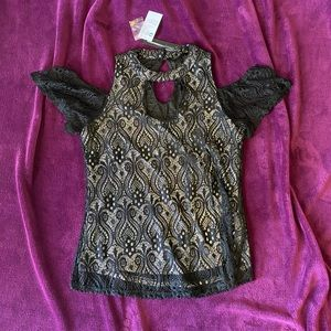 NWT Warehouse One Large Cold Shoulder Top